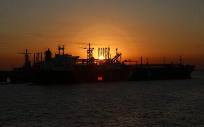 Widmo sankcji nad kolejnym eksporterem ropy