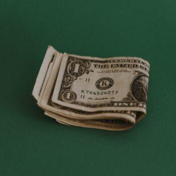 Zyski z lat ubiegłych pozostawione na kapitale zapasowym spółki – czy mogą stanowić koszt uzyskania przychodu