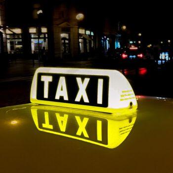 Bez taryfy ulgowej, czyli zadłużeni taksówkarze