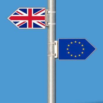 Twardy Brexit dotknie eksporterów podwójnie