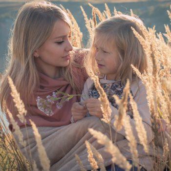 Czy rodzic może reprezentować małoletniego w sprawie o alimenty przeciw drugiemu rodzicowi?