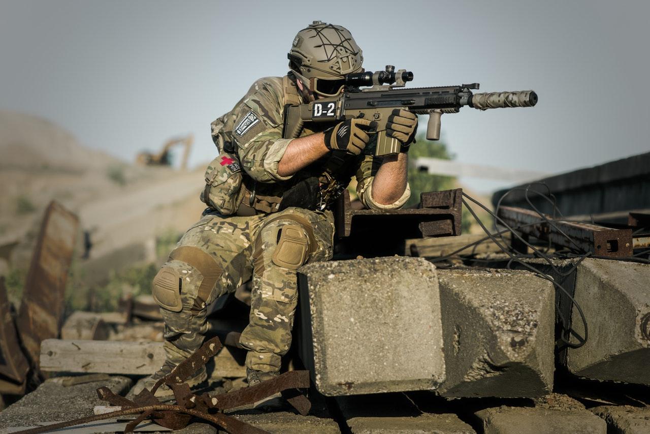 Do 2023 r. globalne wydatki na obronność wzrosną o około 3 proc.
