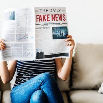 Fake news nie tylko w mediach społecznościowych