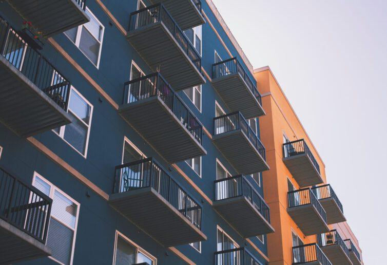 Jak dużo mieszkań kupowanych jest inwestycyjnie
