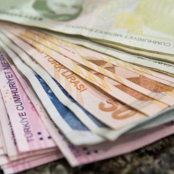 Lira turecka to kandydat do miana najgorszej waluty w 2018 r.