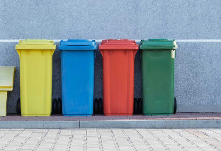 MSWiA zarządziło kontrolę uchwał śmieciowych
