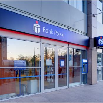 Milionowe wyłudzenie pieniędzy z banku