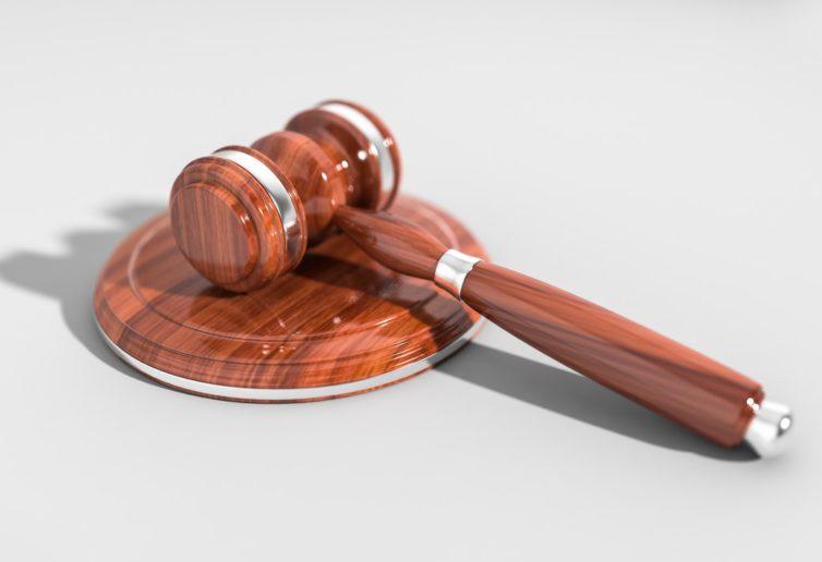 Przedstawiciel ustawowy adresata uprawniony do odbioru przesyłki sądowej w postępowaniu cywilnym