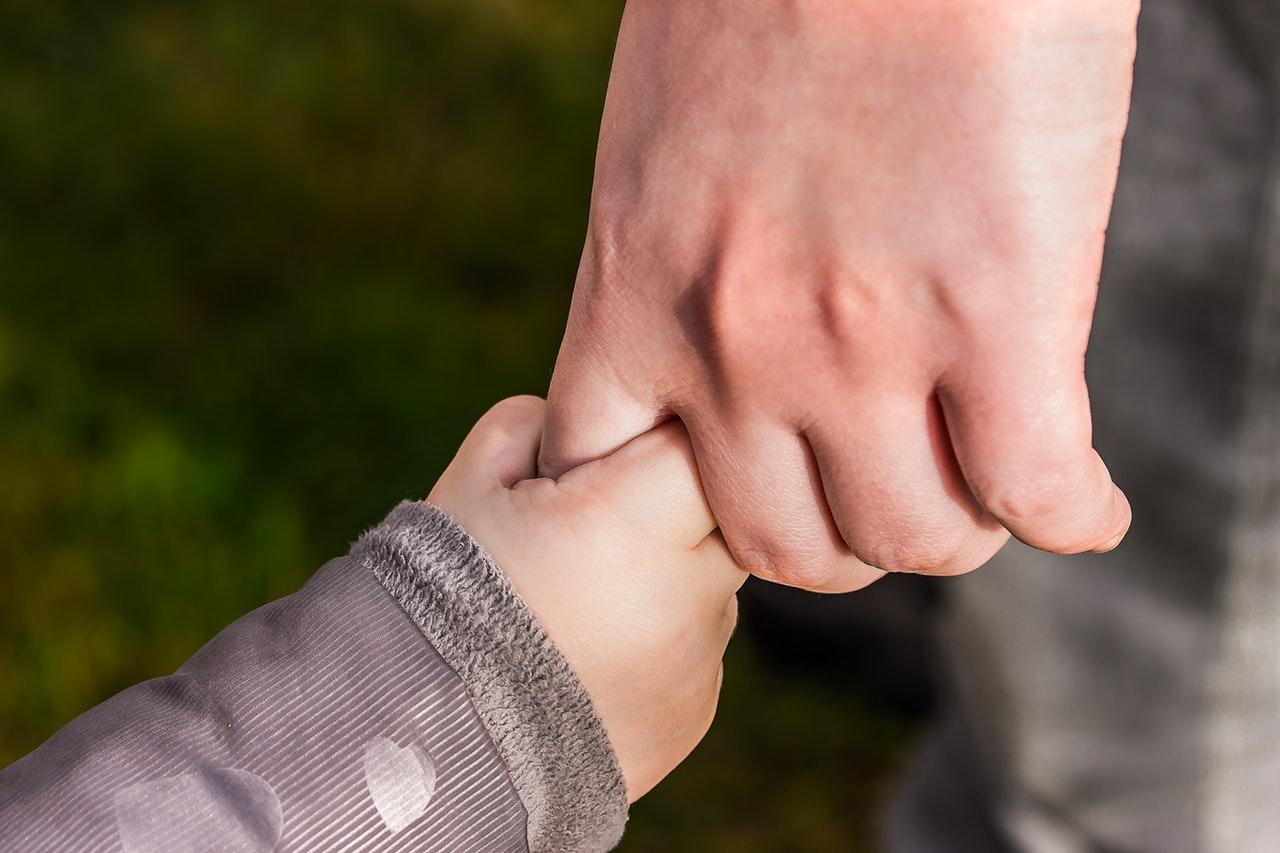 Samotny rodzic zachowuje prawo do ulgi w PIT