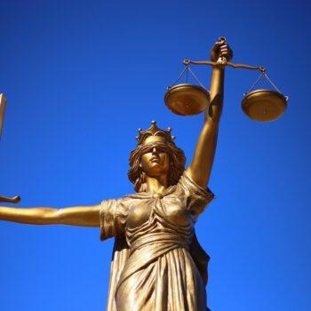 W sporze z Unią Europejską, polskie Ministerstwo Sprawiedliwości powołuje się na wyrok niemieckiego trybunału
