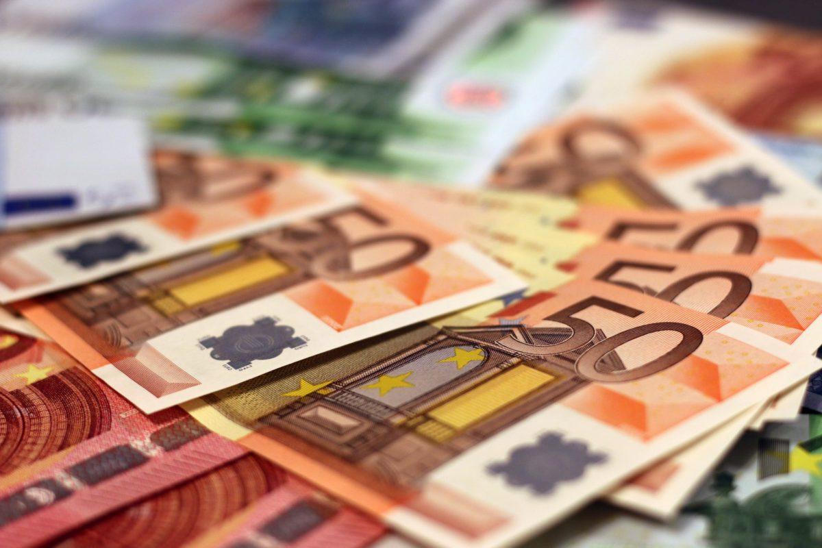 ruchy walut