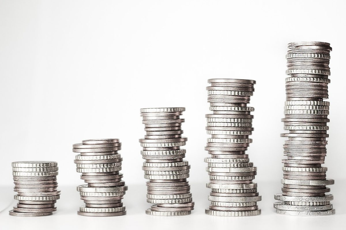 Uwaga inwestorów skupia się na perspektywach działań Rezerwy Federalnej
