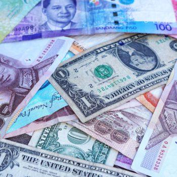jak zaoszczędzić na wymianach waluty